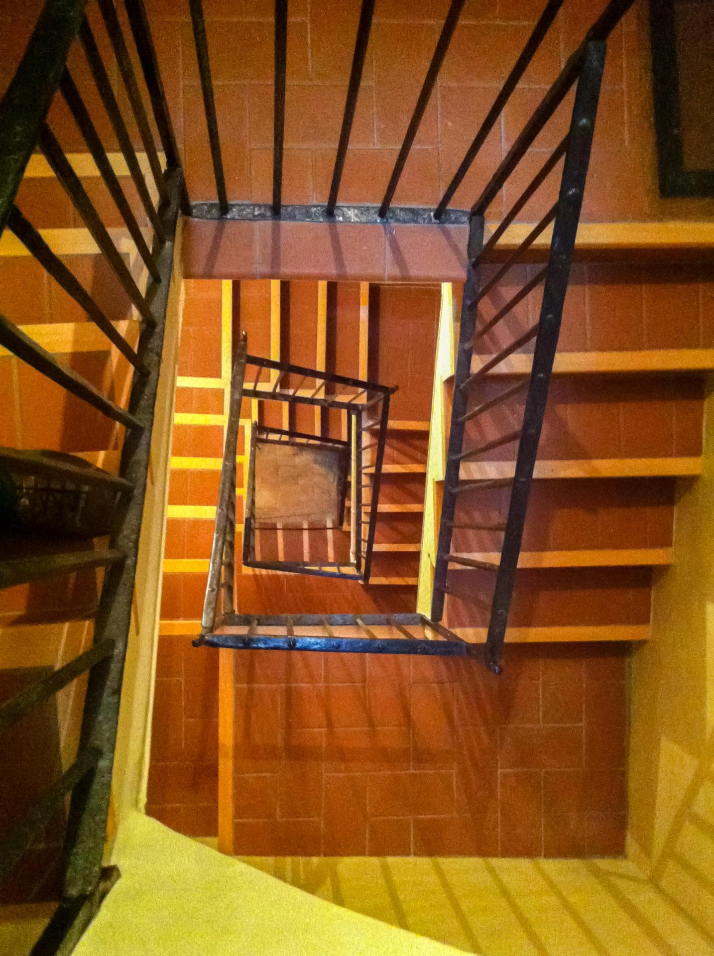 Escalera interior 01